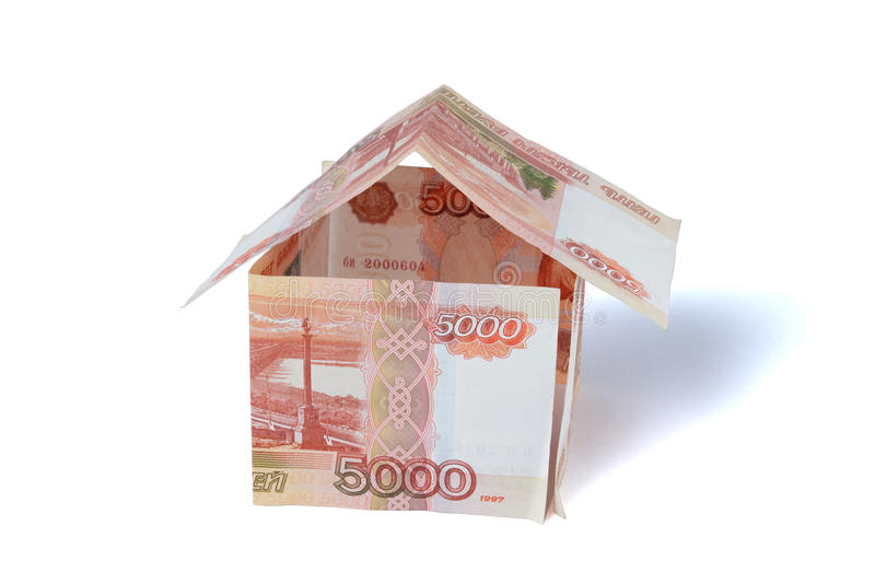 Дом денег сделанный счетов рублей стоковые фотографии rf