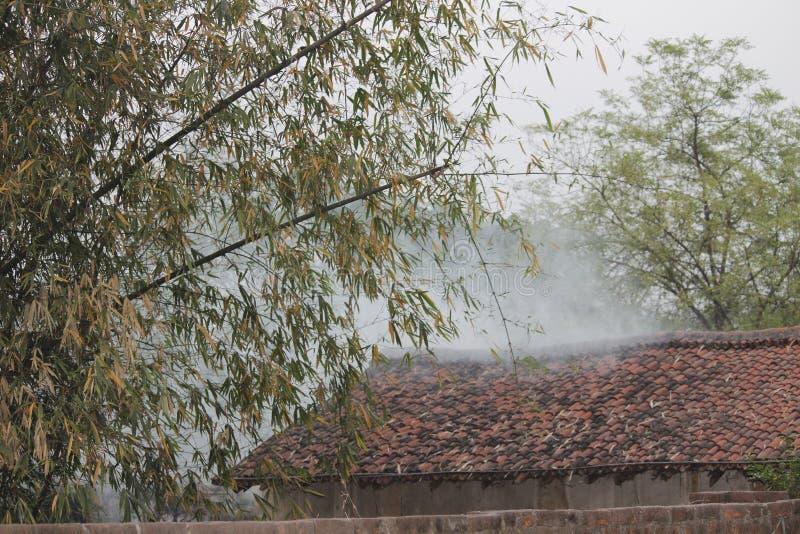 Дом деревни стоковые изображения rf