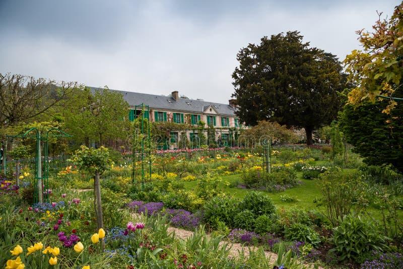 Дом и сады Monet на Giverny, Нормандии, Франции стоковая фотография