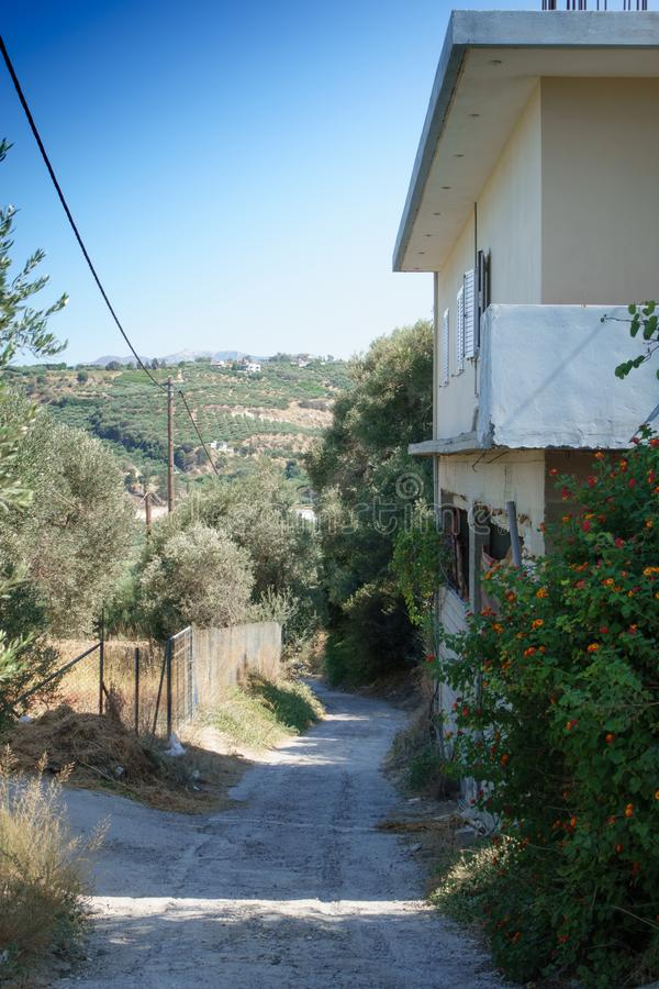 Дом и сельский ландшафт, Крит, Греция стоковые изображения