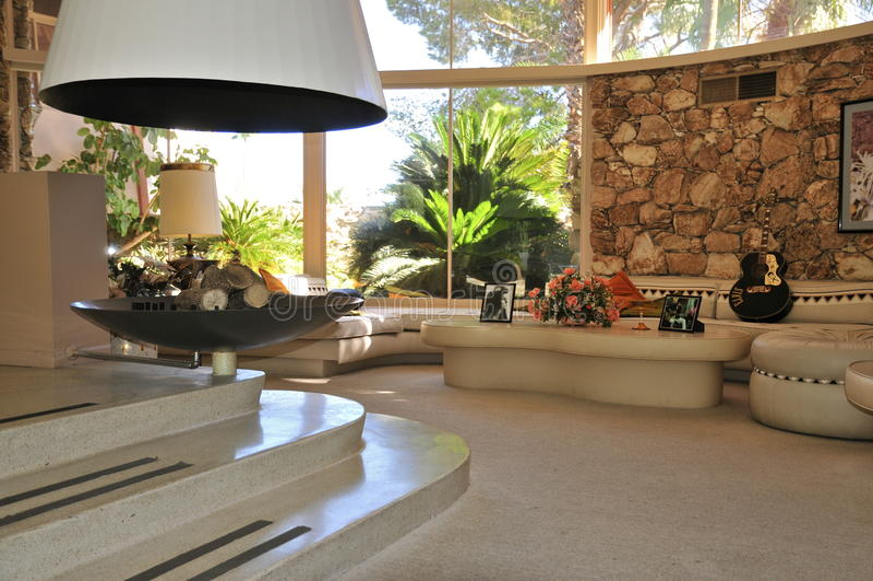 Дом медового месяца ` s Elvis Presley, Palm Springs стоковая фотография
