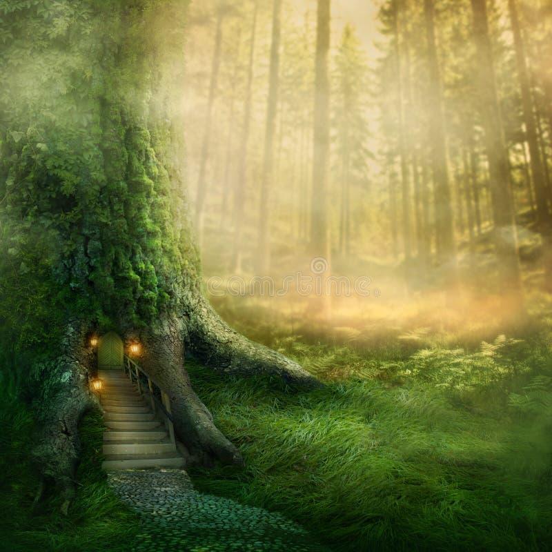 Дом на дереве фантазии стоковые изображения