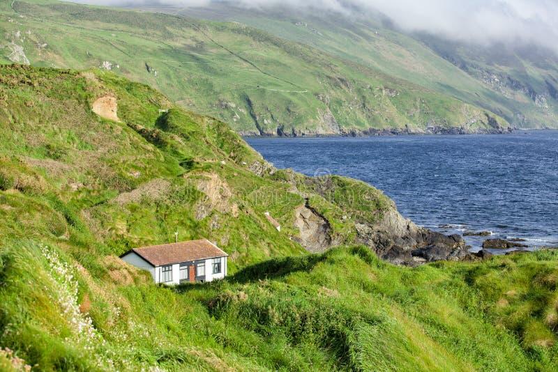 Download Дом на побережье стоковое фото. изображение насчитывающей coast - 41650798