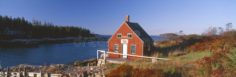 Дом омара в осени стоковая фотография rf