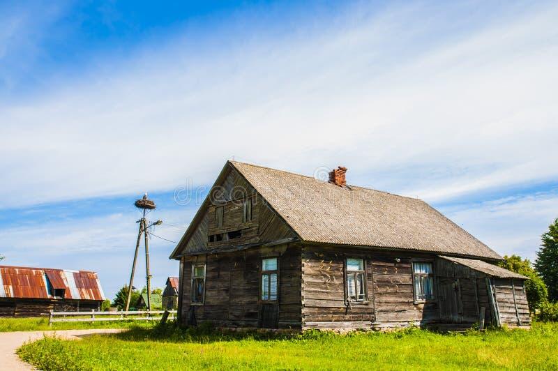 Дом сельской местности деревянный стоковое фото
