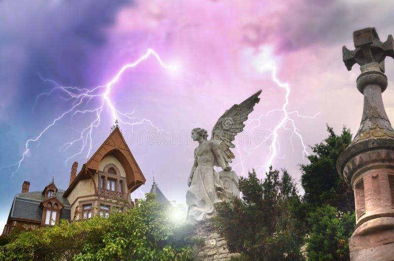 дом страха стоковое изображение