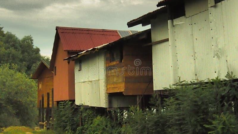 Дом ходулей стоковая фотография rf