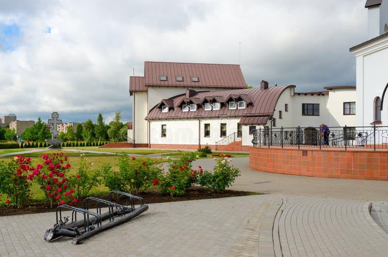 Дом церков гостиницы на церков Pokrovo-Nikolsky, Klaipeda, Литве стоковое фото
