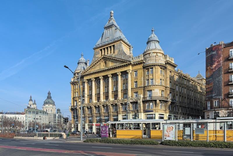 Дом Anker в Будапеште, Венгрии стоковая фотография rf
