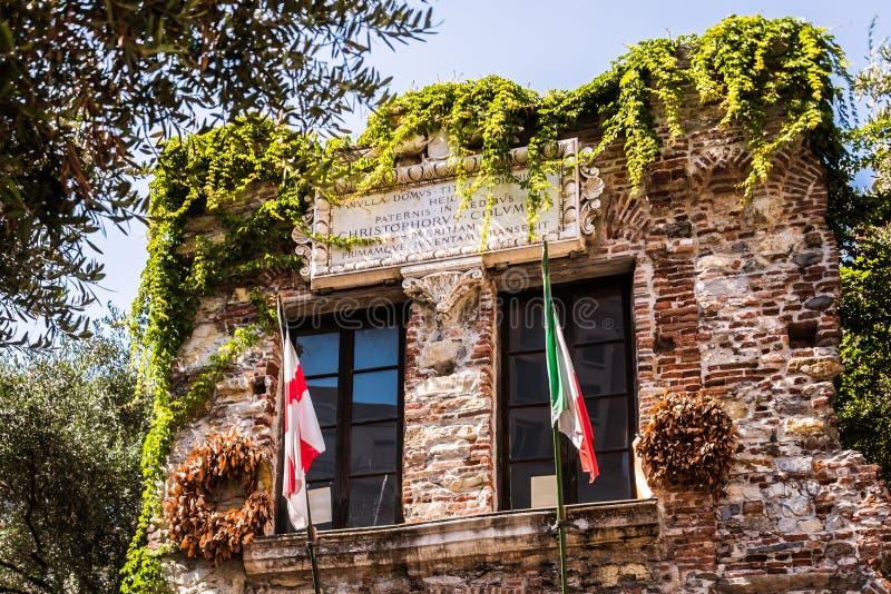 Дом Christopher Columbus, Генуи - di Христофора Колумба Касы, Genova, Италии, Европы стоковые фотографии rf