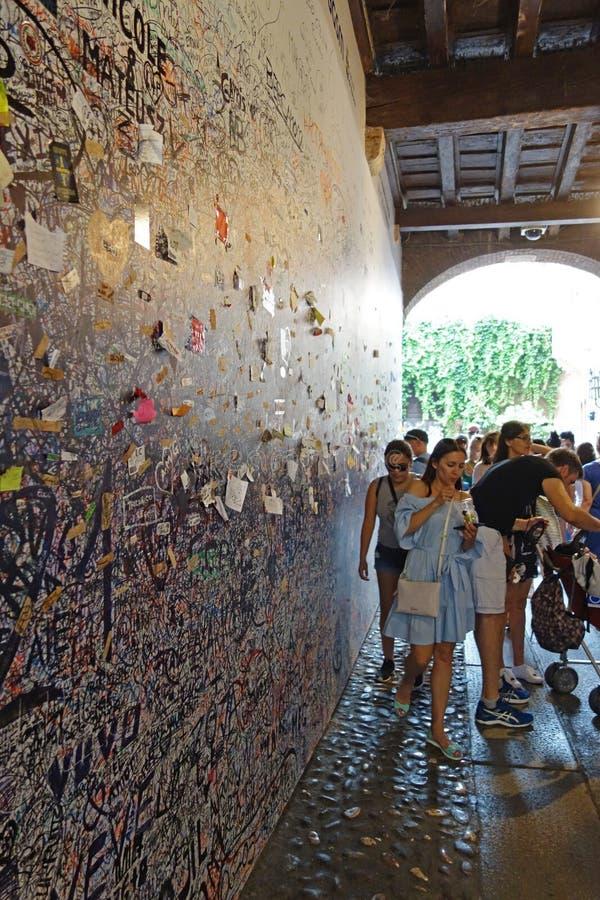 Дом Juliet в Вероне, Италии стоковые фотографии rf
