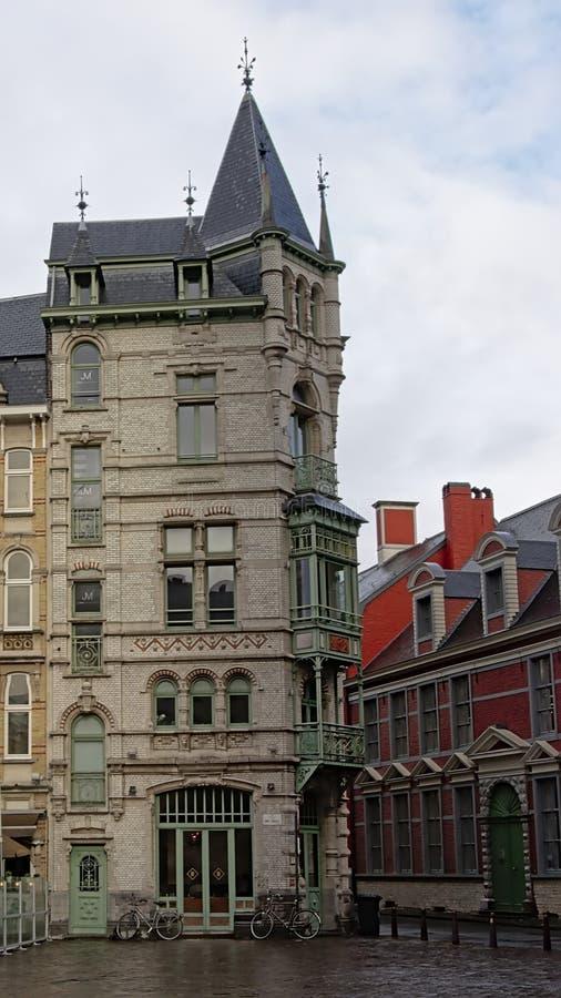Дом nouveau искусства в Генте, Фландрии, Бельгии стоковое изображение rf
