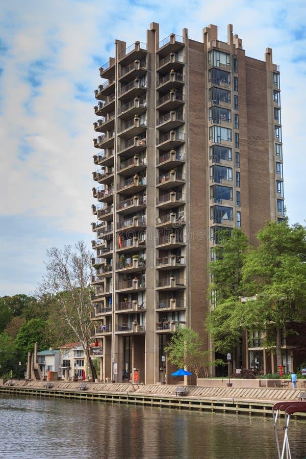 Download Дом Reston Вирджиния цапли редакционное фото. изображение насчитывающей landmark - 40584686