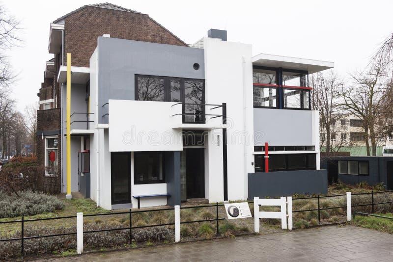 Дом Rietveld Schroder в голландском городке Utrecht в Голландии стоковая фотография rf