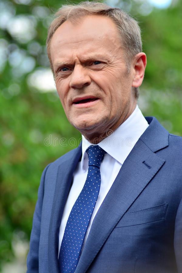 Дональд Туск президент настоящего момента Европейского Совета в Варшаве вызвал на политических лидерах Польши для уважения consti стоковые фото