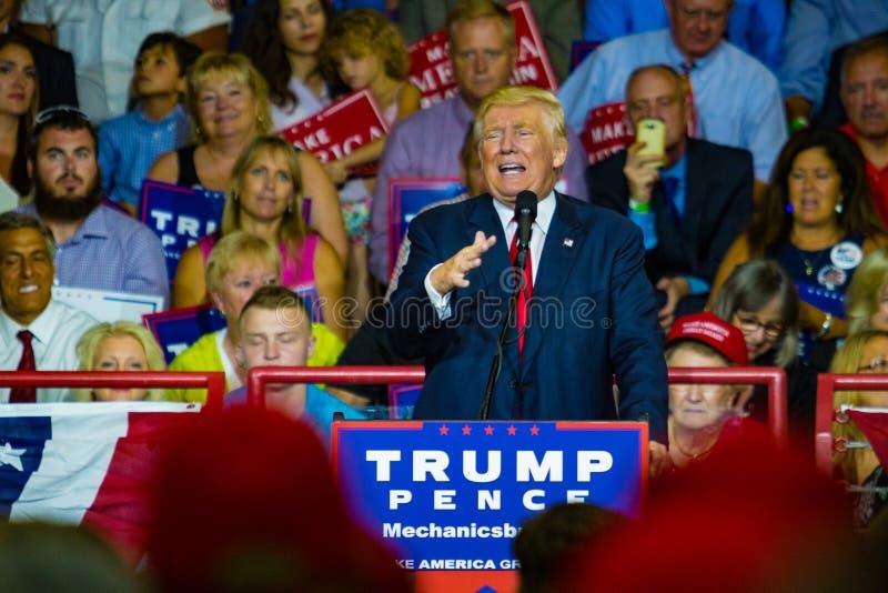 Дональд Трамп агитируя в Пенсильвании стоковая фотография rf