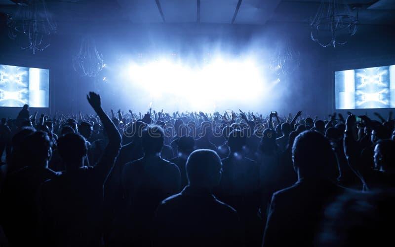 Допинг d O Концерт d в Москве стоковое фото