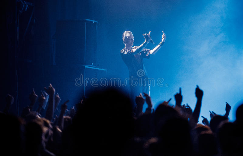 Допинг d O Концерт d в Москве стоковые фото