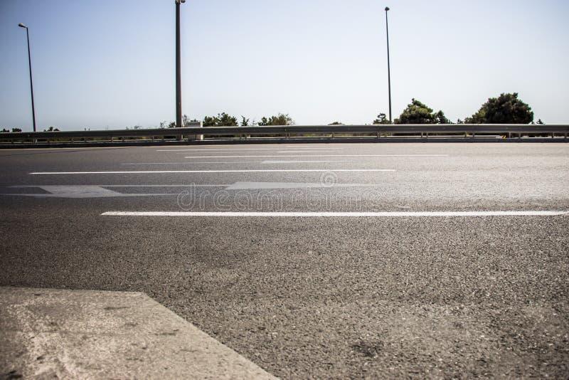 Дорога асфальта, деталь новой дороги движения стоковое изображение rf