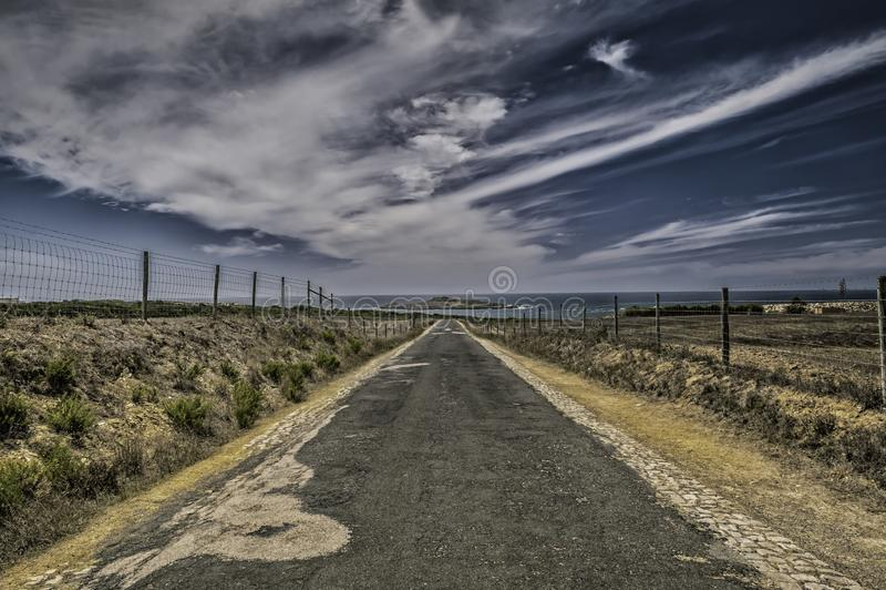Дорога в никуда стоковое изображение