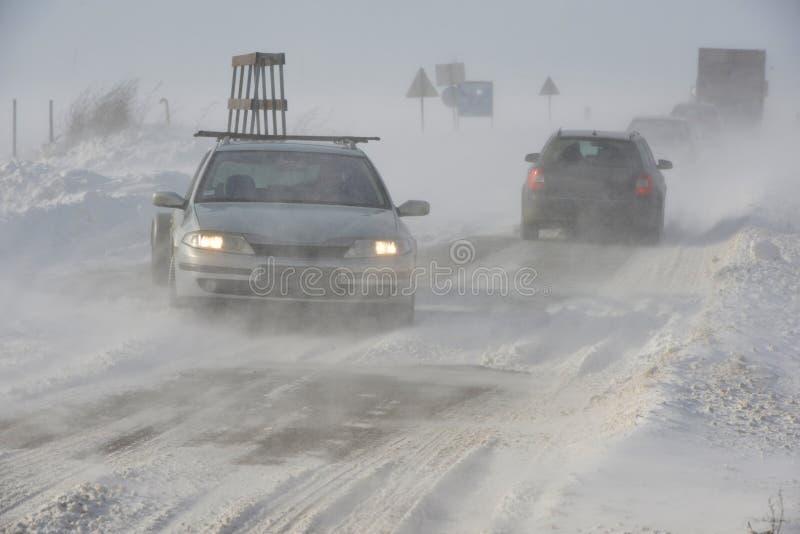 Дорога в шторме снега стоковые фотографии rf