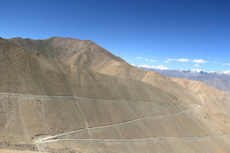 Дорога в Ladakh стоковые изображения rf