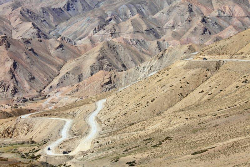 дорога Гималаев высоты высокая стоковое изображение rf