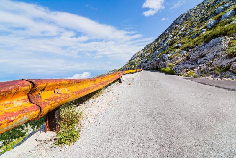 Дорога горы гудронированного шоссе стоковые фотографии rf