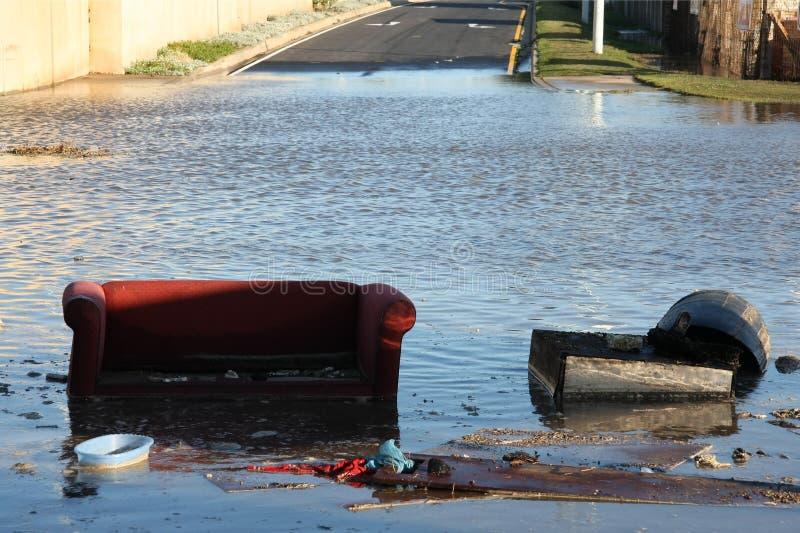 дорога затопленная креслом стоковые изображения