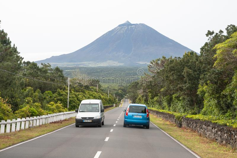 Дорога к вулкану, острову Pico, Азорским островам стоковые фотографии rf