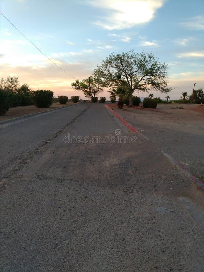 Дорога к нигде но работе стоковые фотографии rf