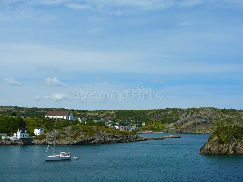 Дорога к St. John от бухты Cuper, Ньюфаундленда стоковое изображение rf
