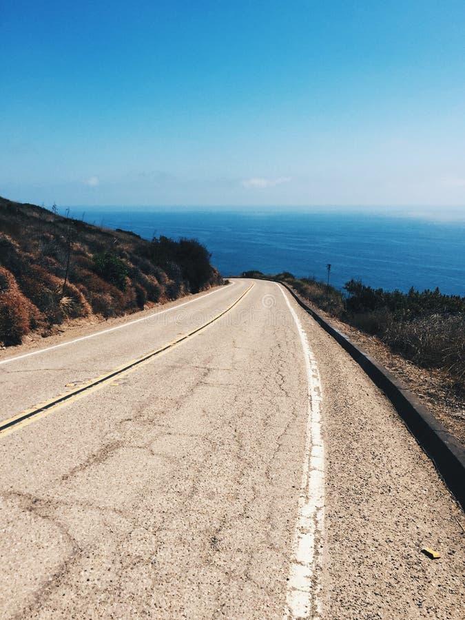 Дорога океаном в Malibu Калифорния стоковое изображение rf