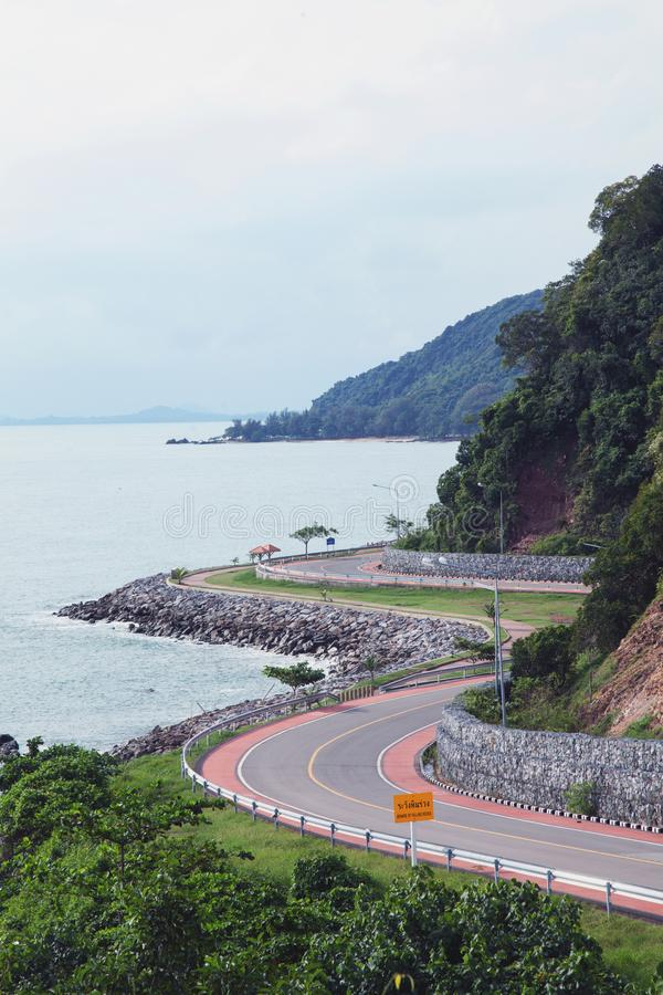 Дорога burapa-chollathit Chalerm, дорога Таиланд Chantaburi стоковая фотография