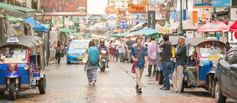 Дорога Khao Сан популярная улица туристов backpacker Бангкок Tha стоковое изображение