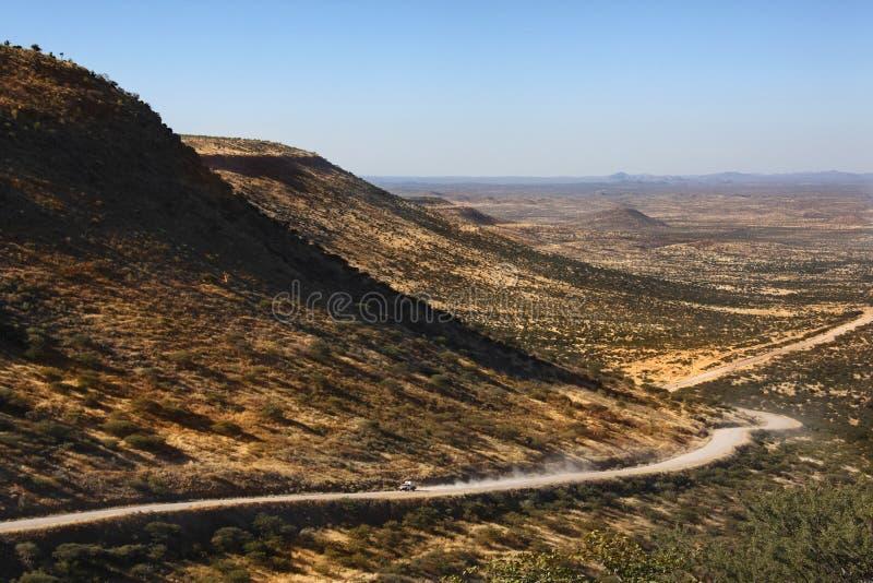 дорога remote Намибии пустыни damaraland стоковые изображения