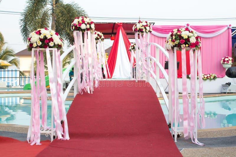 Дорожка к wedding этапу стоковое изображение