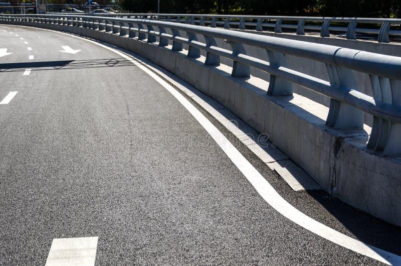 Дорожные знаки на мостах стоковое фото rf