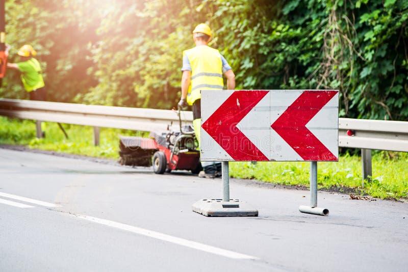 Дорожные знаки сообщая о крюковине стоковые фото
