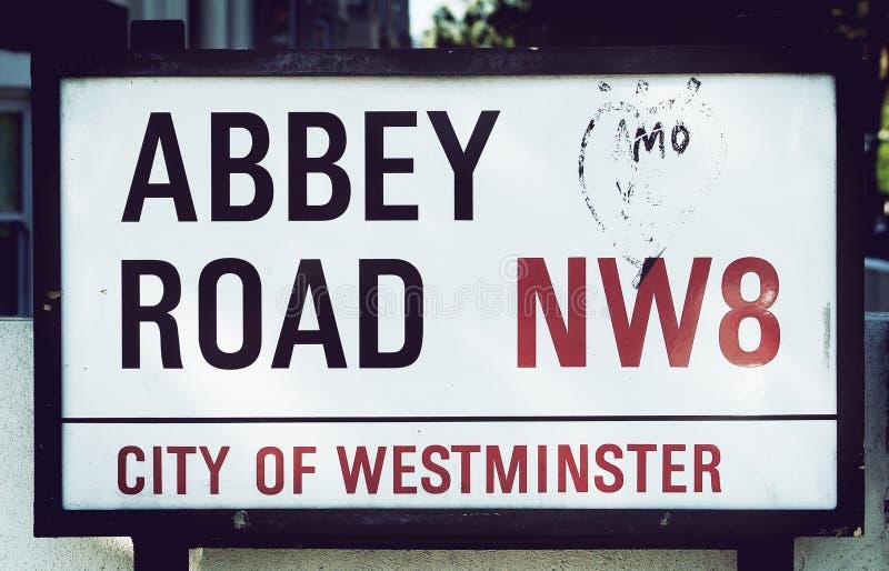 Дорожный знак аббатства стоковое изображение rf