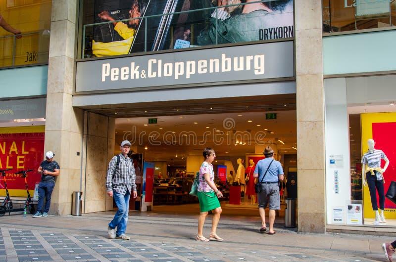 Дортмунд, Германия - 2 августа 2019 года: Пик и Клоппенбургский магазин Peek & Cloppenburg - международная сеть розничной одежды стоковое изображение rf