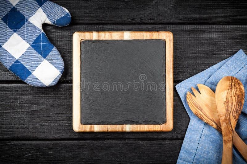 Доска шифера в деревянной рамке стоковое изображение rf