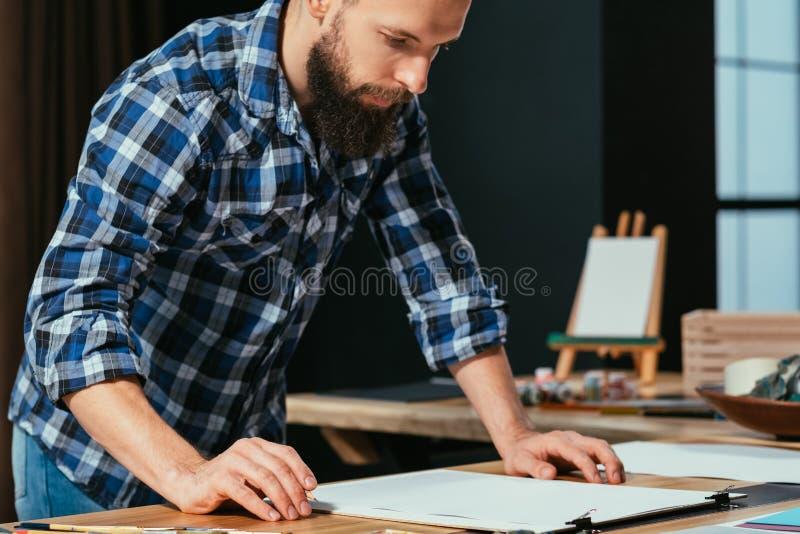 Доска эскиза художника творческих способностей воодушевленности стоковая фотография rf