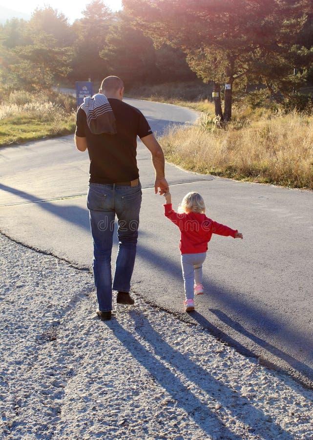 Дочь и отец стоковая фотография