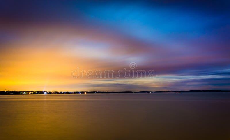 Долгая выдержка на ноче на чесапикском заливе, в Гавре de Грейс, стоковые фото