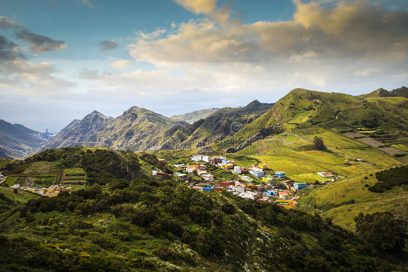 Долина в горе Anaga стоковое изображение