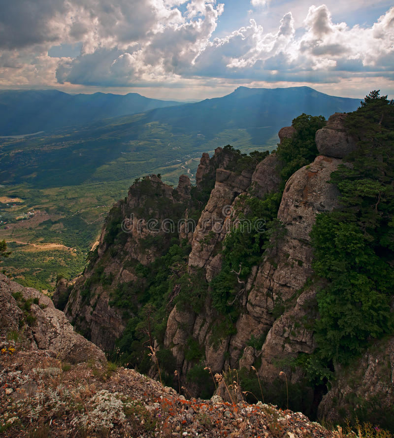 Долина призраков на горе Demerdji стоковое изображение rf