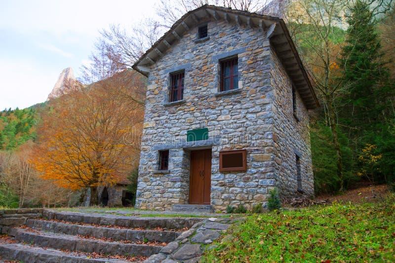 Долина Уэска Арагон Испания Пиренеи Valle de Ordesa стоковое изображение rf