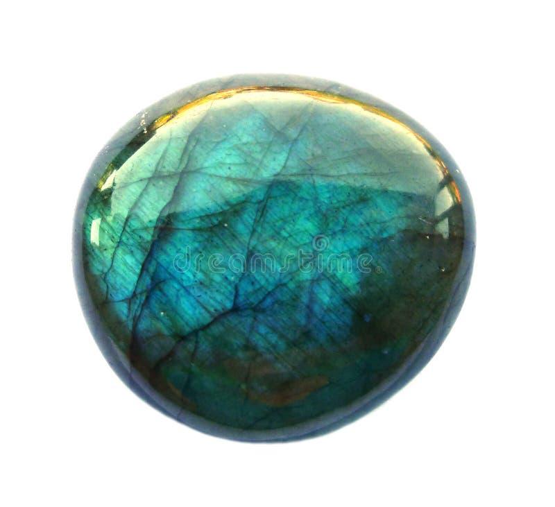 Драгоценная камень лабрадорита круглая Сияющий, наслоенный белизна изолированная предпосылкой стоковое изображение