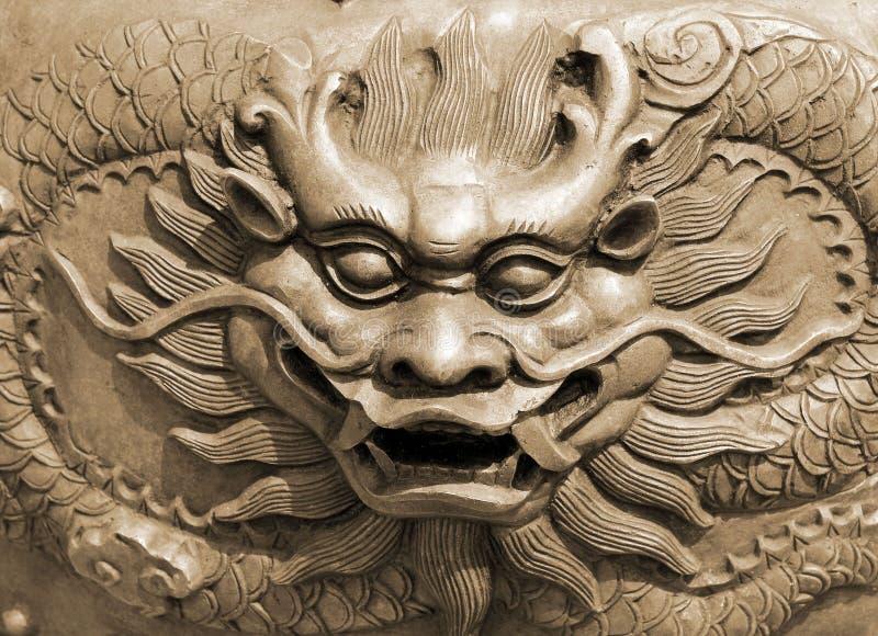 Драконы в виске стоковое изображение rf